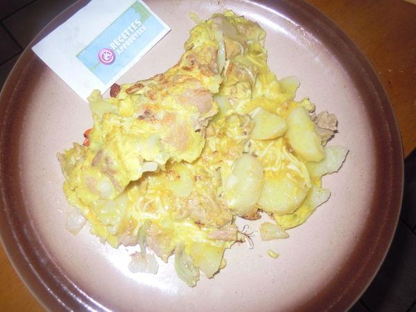 omelette au thon curry et pommes de terre marie t. Black Bedroom Furniture Sets. Home Design Ideas