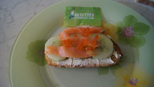 Bruschetta concombre et saumon