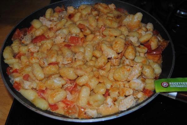 Gnocchi po ler au poulet lait de coco parfum au tandoori - Cuisiner des gnocchis ...