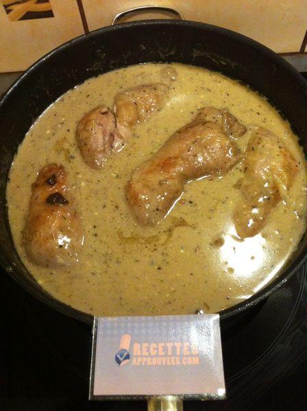 Recettes cuisses de poulet rapide - Cuisse de poulet en sauce ...