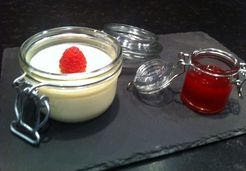 Panna Cotta aux coulis de fruits rouges - Willy M.